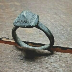 Ancient Roman Silver Ar Ring Approx Size 6 Item 524