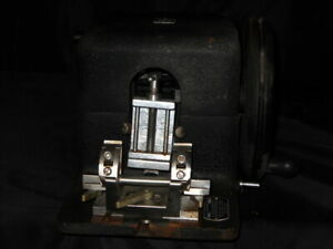 American Optical 820 Microtome Catalog Number 820 W Blade Holder And Specimen