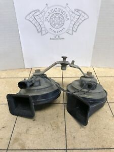 Gm Cadillac Cts High And Low Tone Pitch Horn Pair Oem Fiamm 35717