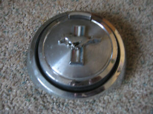 Vintage 1969 Ford Mustang Mach 1 Pop Open Gas Cap