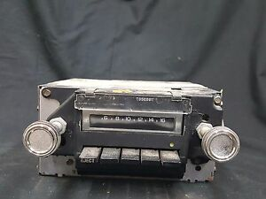 Vintage 1975 Chevrolet Impala Am Car Radio With 8 Track Player