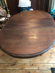 Antique Raund Table W Carved Lions Feet 1 Leave