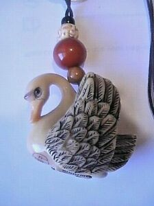 Antique Japanese Ivory Color Bone Stone Netsuke Swan Swan Lotus Blossum