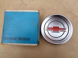 Nos 1960 1968 Chevy Truck Steering Wheel Horn Button Cap Original Gm Corvair Fc