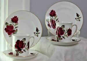 6pc Of Vintage Windsor Bone China 2 Cup 2 Saucer 2 B B Plates England Roses