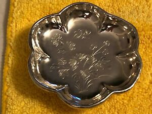 Sterling Silver Unknown Logo Etched Flowers And Honeybee Candy Dish Stunning
