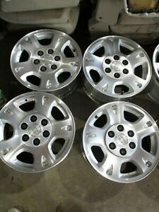 02 03 04 05 06 Avalanche 1500 17 5 Lug Aluminum Alloy Wheel W center Cap 05130