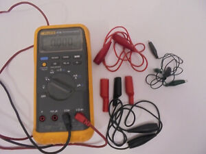 Fluke 87 Iii True Rms Multimeter With Holster Leads And More