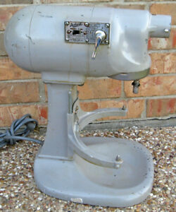 Vintage Hobart N50 5 quart Commercial Countertop Mixer works But Needs Tlc