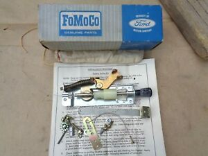 Nos 1965 Ford Throttle Holder Control Kit Original Oem Mustang Galaxie Fairlane
