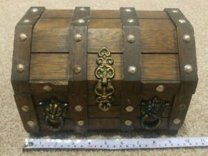 Vintage 10 Wood Pirate Lion Treasure Chest Jewelry Box Complete Great Shape