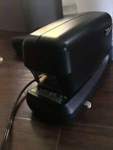 Swingline Electric Stapler 70 Sheet Capacity Jam Free Stapling 69270 Used