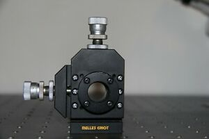 Melles Griot Laser optics Mount With Differential Micrometers 1div 0 4 Microns