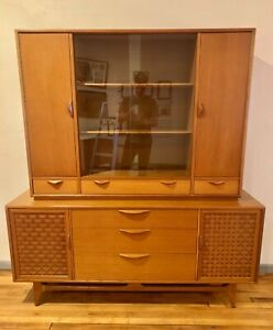 Beautiful Lane Mid Century Modern China Cabinet Credenza Hutch Buffet Danish
