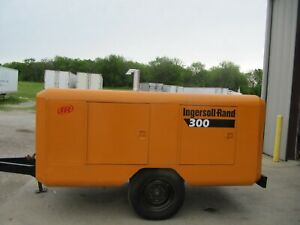 Ingersoll Rand 300 Cfm Portable Air Compressor Powered By 3 53 Detroit