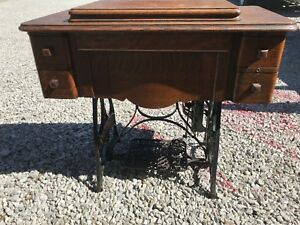 Antique Vintage New Home Treadle Sewing Machine Table Cabinet Iron Wood 1923