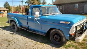 1970 F350 Ford Dual Wheel Pick Up Truck