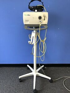 Welch Allyn Cl 300 Surgical Light Source With Headlamp On Rolling Stand