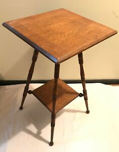 Antique Oak Side Accent Table 2 Tier Hand Turned Legs Plant Stand Bottom Shelf