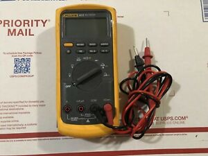 Fluke 83v Digital Multimeter W Leads