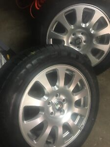 2 New 2004 Jaguar Xj8 17 Wheels Pirelli Tires 235 55 17 5x108mm Lansing Mi