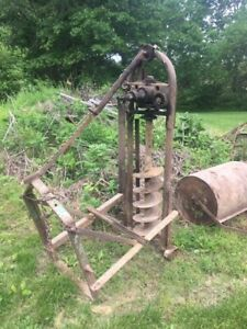 Continental Post Hole Digger Three Point Used Automatic Plunge And Retract