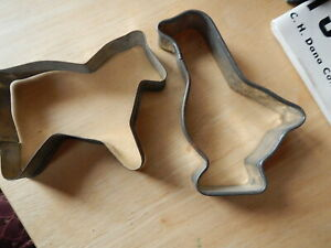 Vintage Metal Horse And Chicken Cookie Cutters Open Back