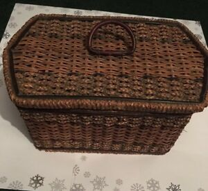 Antique Victorian 19th Century Wooden Sewing Basket Music Box Pink Tufted Satin