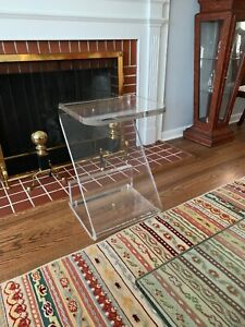 Vintage One Inch Thick Acrylic Lucite Z Shaped Side Table Exc