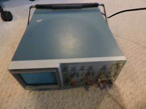 Tektronix 2215a 60mhz Oscilloscope With Probe Tek Works Great Solid Condition