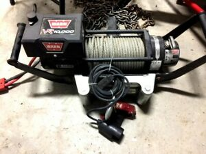 Warn Vr10 Vehicle Winch 12v 10000lb Pull Wire Rope Warn With Hitch Mount