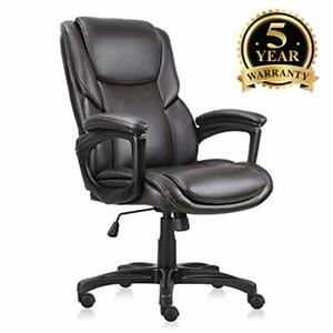 Executive Office Chair With Brown Leather Swivel Desk Chair For Home And Office