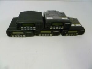 Lot Of Five Motorola Cdm1550 Ls 450 512 Mhz Uhf Two Way Radios O280