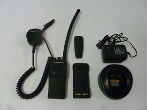 Motorola Ht750 29 7 42 Mhz Low Band Two Way Radio W Extras Aah25bec9aa3an