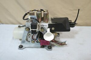97 98 99 00 01 02 03 Mercedes W208 Clk Convertible Top Hydraulic Pump Motor