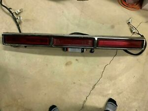 Lighted Oem Original 95 97 Lincoln Town Car Center Tail Light Lamp Finish Panel
