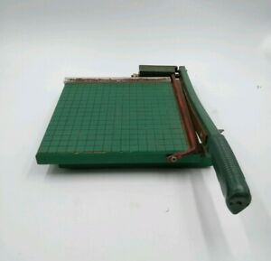 Vintage Photo Materials Co Guillotine Photo Paper Cutter 9 Wood Cast Iron Usa