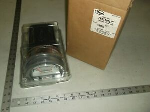 Dwyer Instruments A3215 Pressure Gauge 0 To 15 Psi