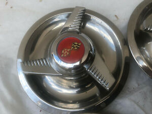 4 Day 2 1960s Vintage Crossed Flags Chevrolet Spinner Hub Caps Impala Biscayne