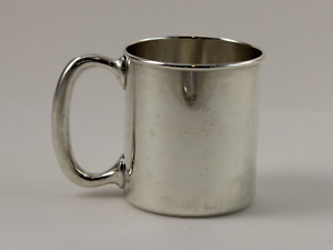 Lunt 580 Sterling Silver Communion Baby Cup 2 1 4 W Monogram