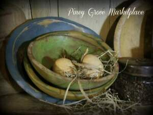 Primitive Inspired Wooden Bowls Hand Painted Aged Homestead Display Lot Of 3