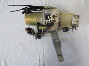 1998 2000 2001 2002 2003 2004 Mercedes R170 Convertible Top Hydraulic Motor