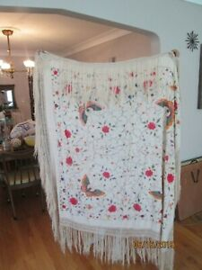 Vtg 2 Side Chinese Canton Embroidered Silk Piano Scarf Shawl 4 Butterfly Fringe