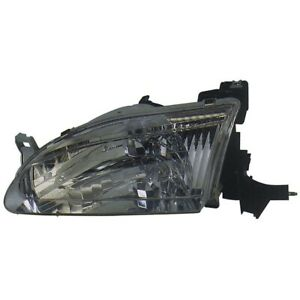 To2502121 Fits 1998 1999 2000 Toyota Corolla Driver Side Headlight Nsf