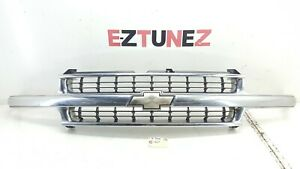 2000 2006 Chevrolet Tahoe Front Grille Oem