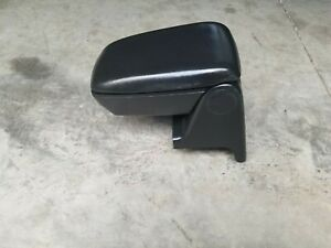 87 93 Ford Mustang Black Center Console Armrest Inner Ashtray Storage W Pad Oem