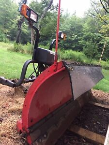 Hiniker 8 Poly Snow Plow