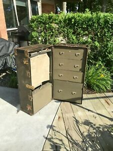 Antique Hartmann Steamer Cushion Top Movie Prop Travel Wardrobe Trunk