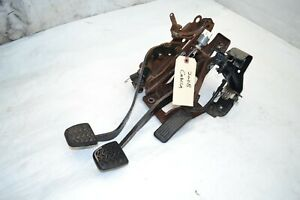 2003 2008 Toyota Corolla Clutch Brake Gas Pedal Assembly Oem
