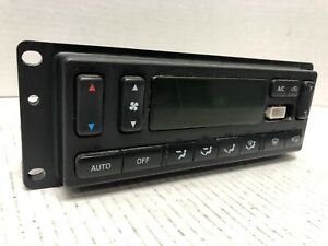 2003 2004 Ford Expedition Heater Control Unit A c Climate Control